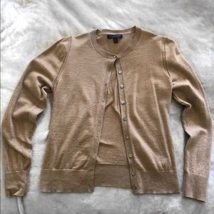 Banana Republic long sleeve cardigan tan medium